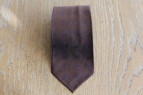 Cravatta in seta disegno cashmere colore marrone
